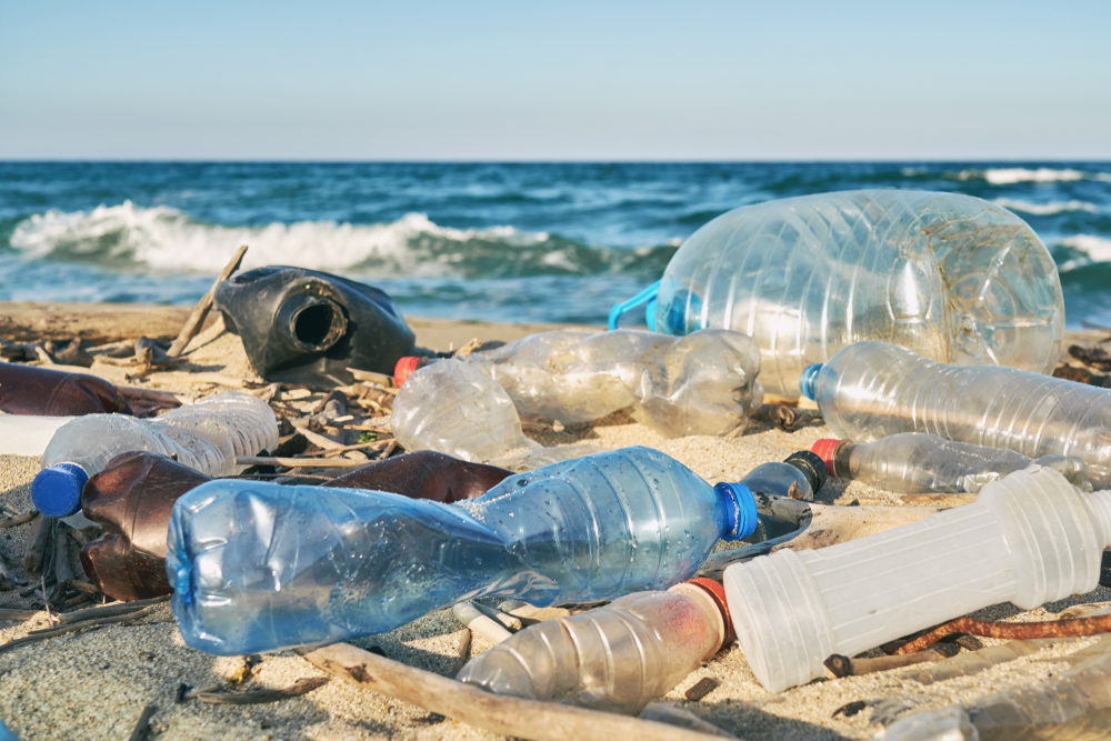 Cleaning Up Great Lakes Plastic Pollution via Innovative Materials Marketplace Platform: 2020 Pilots in Ontario